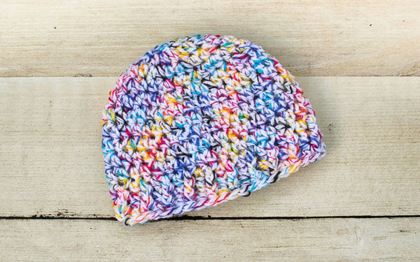 Free Baby Hat Crochet Patterns ... Sizes Newborn through 12 Months | www.petalstopicots.com