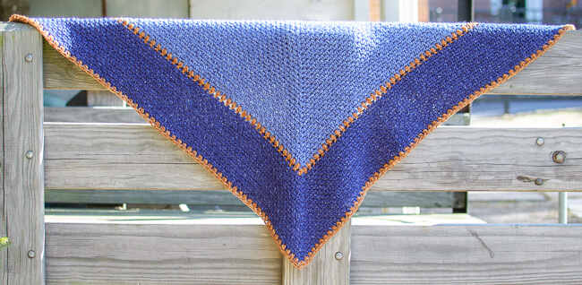 The Weekender Shawl Crochet Pattern | www.petalstopicots.com | #petalstopicots