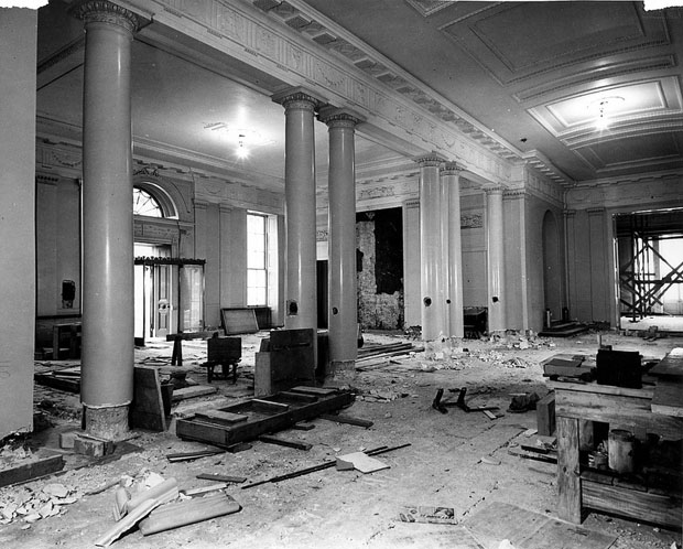 Photos of the White House Gutted During Its Truman Reconstruction lNyXJVN