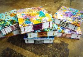 Kirjansidonta-rykkityyki-muistikirjat