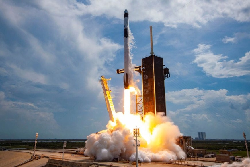 How to watch the next SpaceX rocket launch in the UK - and ...