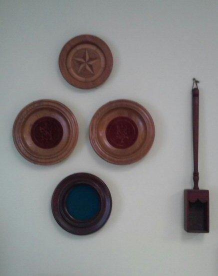 150327_church_plates1