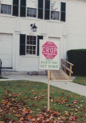 911019-crop-walk2o