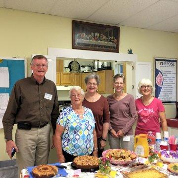 breakfast volunteers