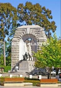 AUSTRALIA - ADELAIDE - WAR MEMORIAL  #1 R4