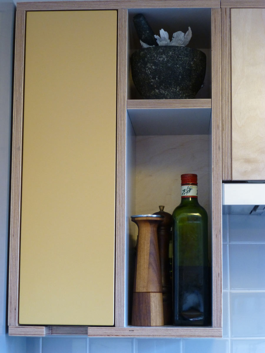 Kitchen Drawers And Cupboards