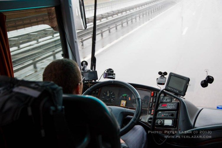 Navi, kamera, radardetektor minden orosz jármű szélvédőjén ott van