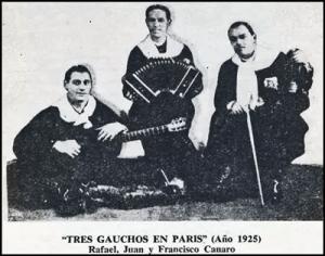 Die-ersten-Tango-Ensembles-traten-noch-in-Gaucho-Kleidung-auf