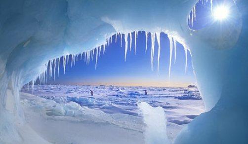 Arctic-ice-cave-001 Alexandra Kobalenko-Getty