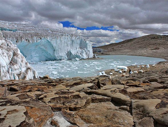 Peru glacier wikimedia commons