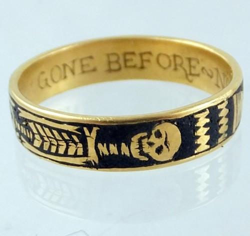 Memento Mori Ring