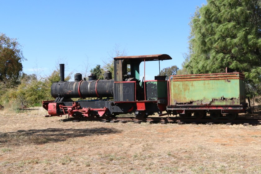 2016.2162: The Fowler's tender, placed next to the Perry. Very evident is the rusting of the body. Monday, 11th April 2016.