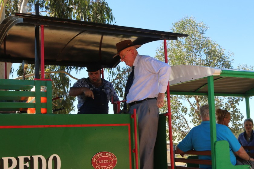 The Honourable Tim Fischer AC inspects the Hunslet steam locomotive at Pete's Hobby Railway