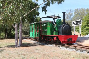Hunslet 0-4-2T in front of Loftus Station, Pete's Hobby Railway, Junee