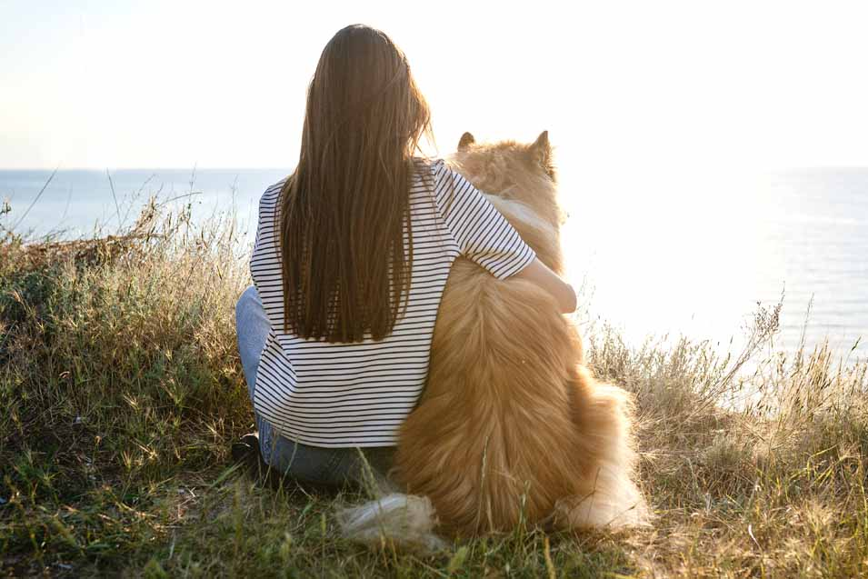 Picture of a woman and her dog