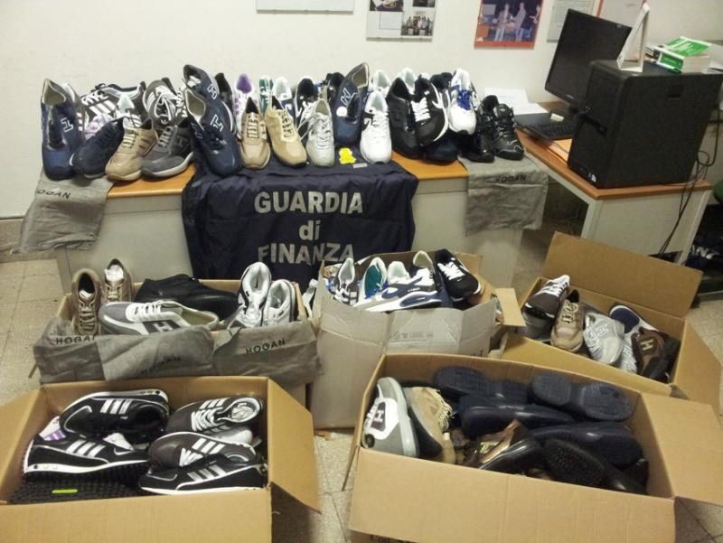 8.500 prodotti contraffatti sequestrati in Calabria dalla Guardia di Finanza
