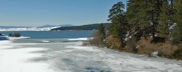 Temperature polari in Sila, ghiacciati i laghi Cecita e Arvo