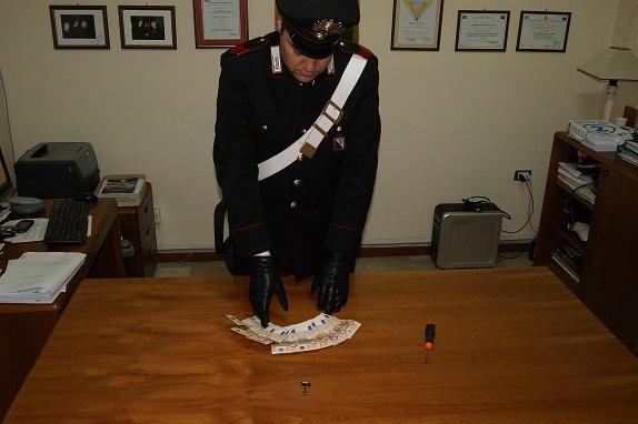 Santa Severina: i Carabinieri bloccano un ladro, era un minorenne