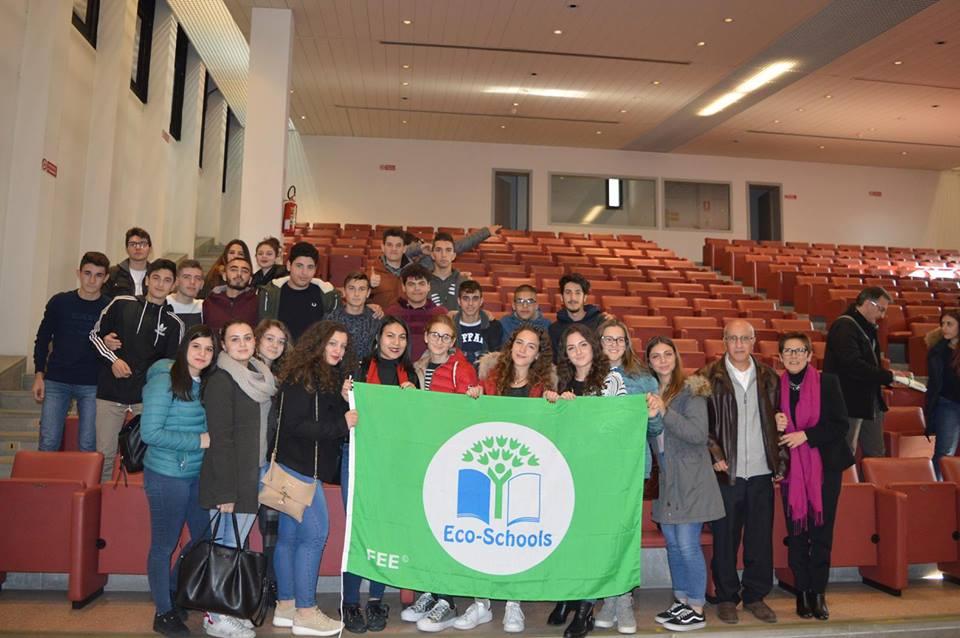 Decima bandiera verde per il Liceo scientifico di Petilia, una scuola con una politica ambientale forte