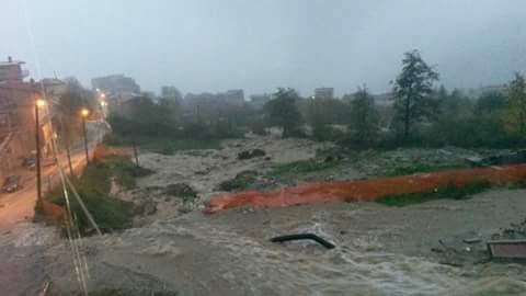 A Petilia pioggia incessante e frane