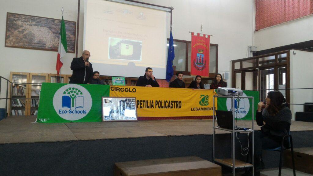 Energia e sostenibilità: ne parlano i liceali del Raffaele Lombardi Satriani
