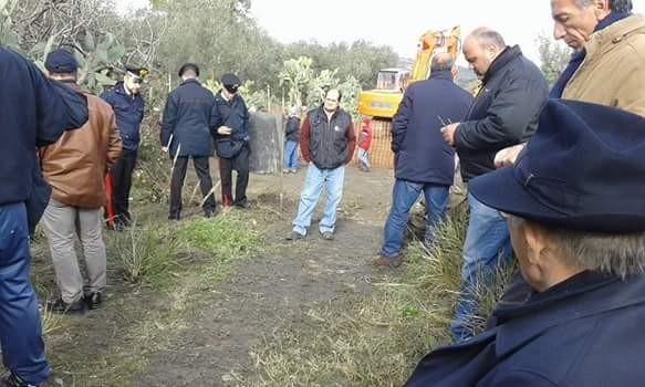 Gli agricoltori protestano contro la nuova rete idrica