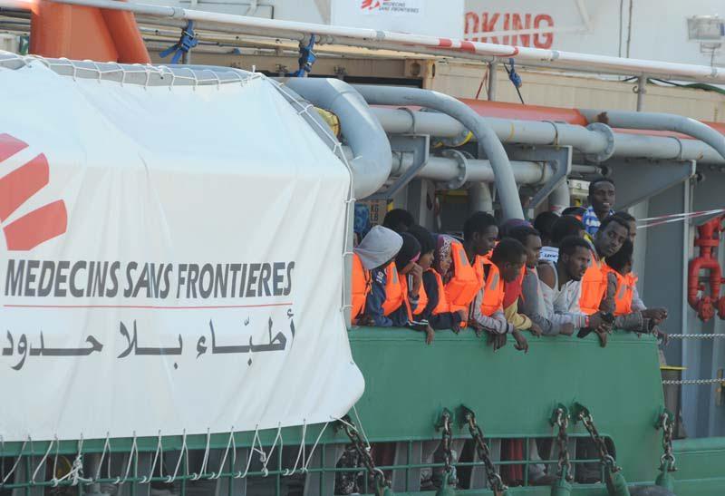 Sbarcati a Crotone 212 migranti, provenienti dalle coste libiche