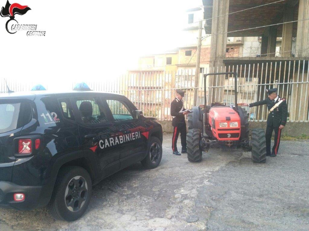 Telaio di trattore contraffatto, sequestrato mezzo a Petilia