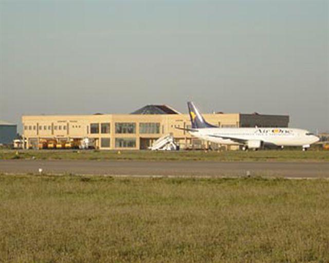 Verso la chiusura dell'aeroporto di Crotone