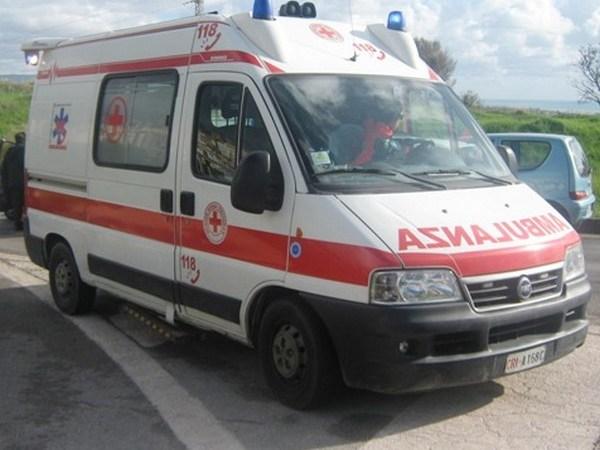 Crotone,incidente sulla strada Consortile: muore un motociclista