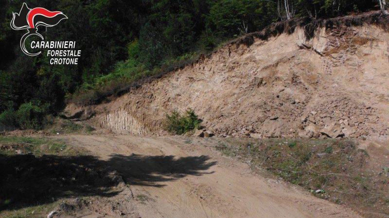 Sequestrata area sbancata senza autorizzazioni a Villaggio Palumbo