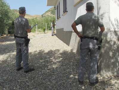 Fabbricato abusivo scoperto a Strongoli in area SIC