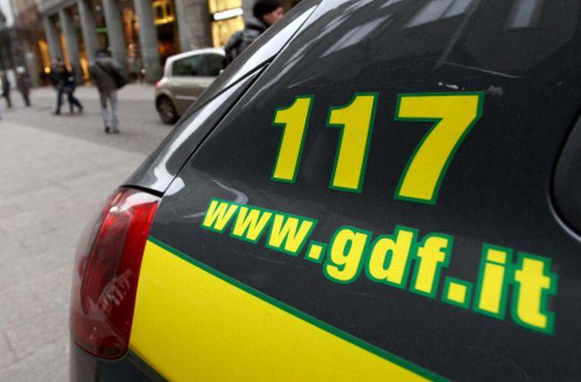 GdF sequestra gommone che trasportava marijuana dalla Grecia alla Calabria