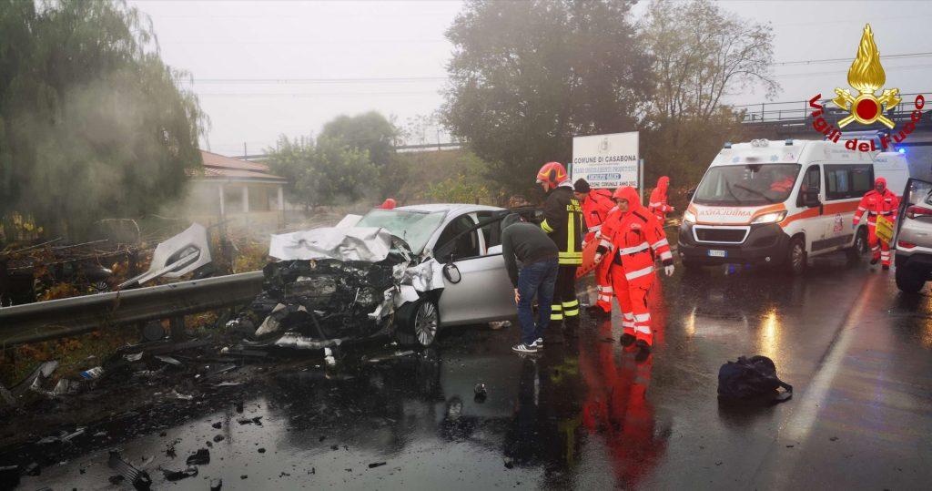 Incidente stradale all'incrocio di Corazzo