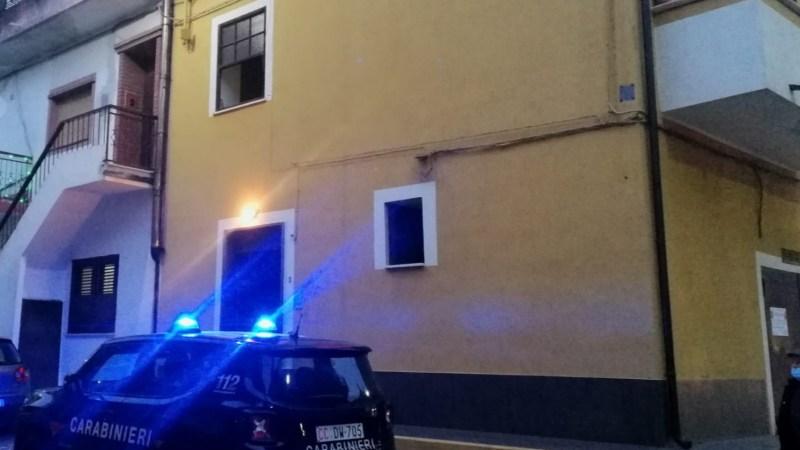 Morto per intossicazione da fumo, intervento dei Carabinieri