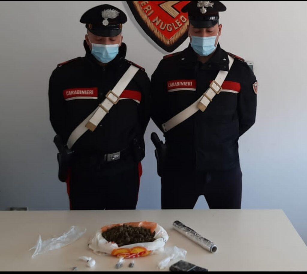 Padre e figlio arrestati per traffico di stupefacenti