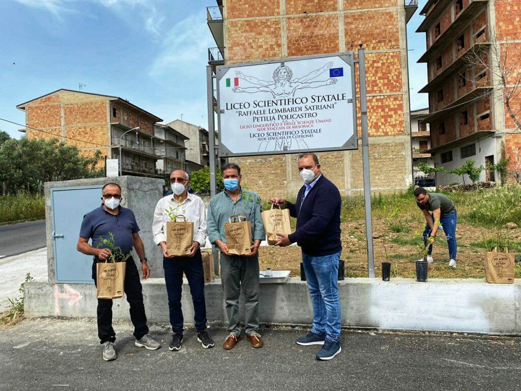 I liceali petilini incontrano il reparto Carabinieri Biodiversità di Catanzaro
