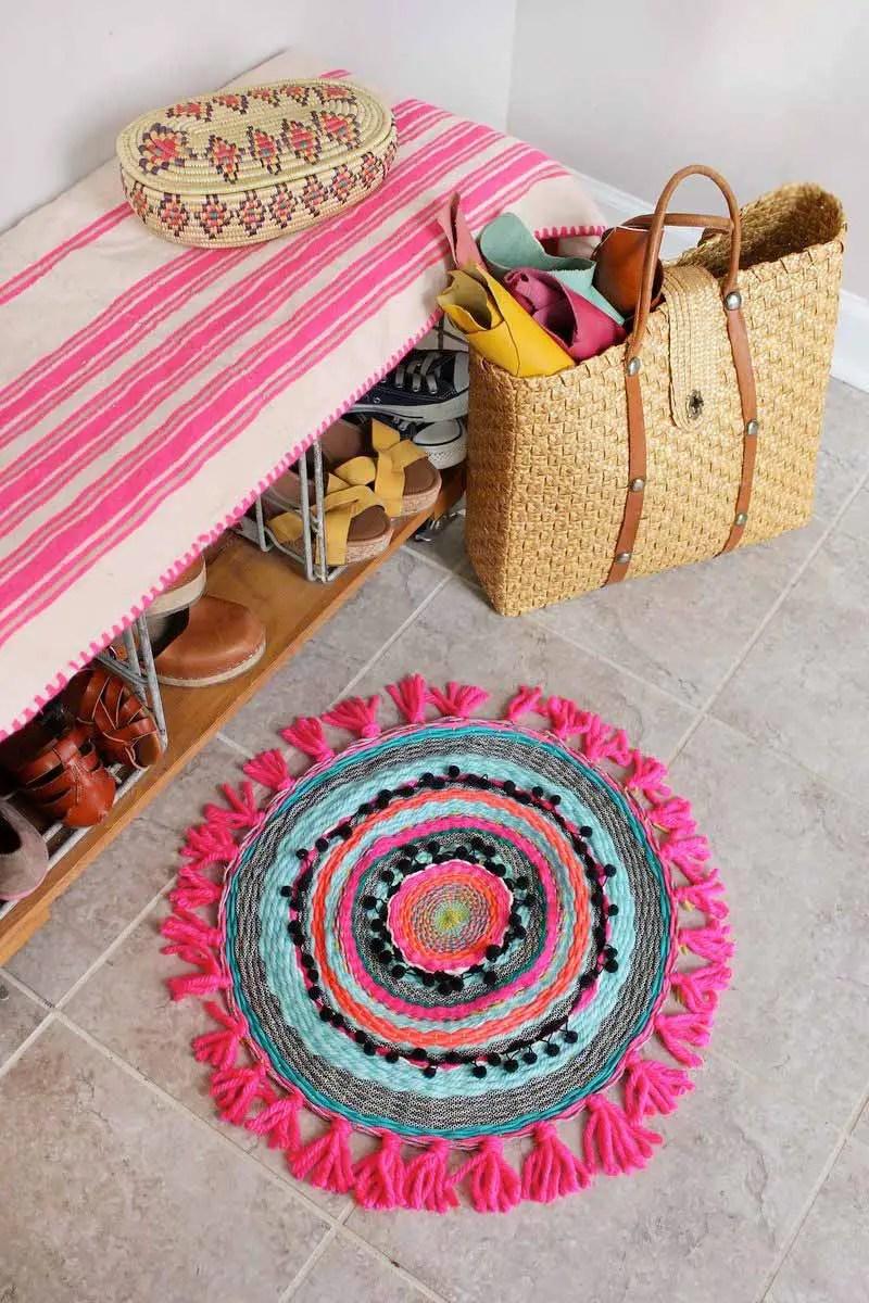 6 diy pour tisser un tapis en tissu