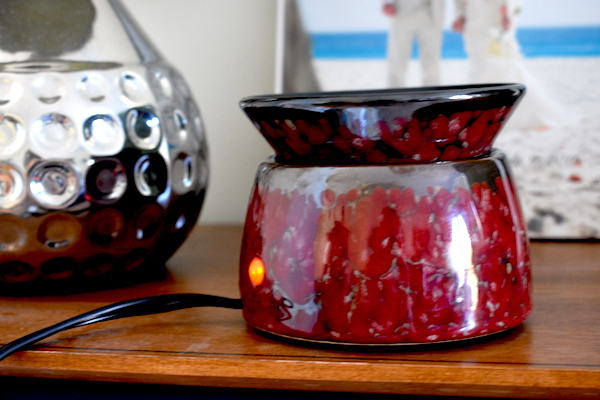 Scentsy Candle Warmer | Burgundy