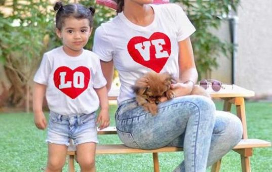 Love Print Short-sleeve White Tee for Mommy and Me