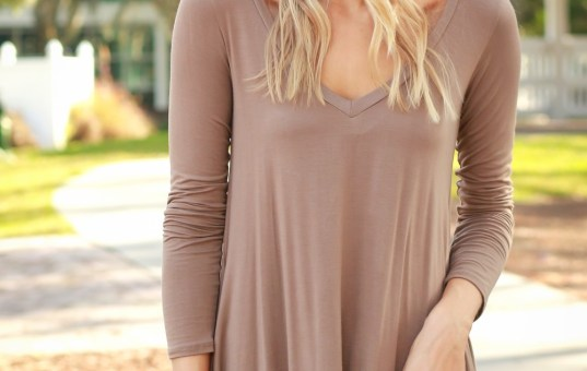 LONG SLEEVE V-NECK MOCHA DRESS