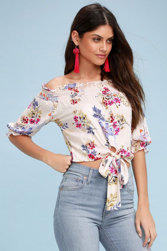 BERTIE BLUSH FLORAL PRINT OFF-THE-SHOULDER TIE-FRONT CROP TOP