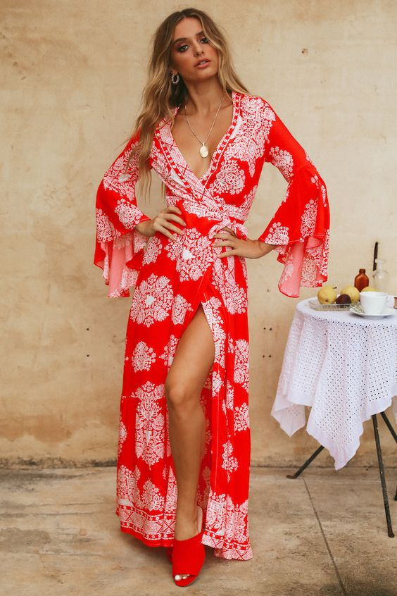 OUT OF PROPORTION MAXI DRESS RED