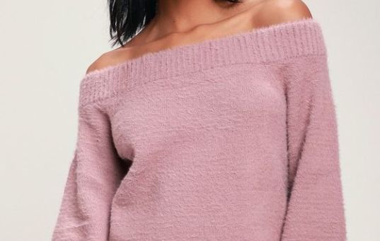 CARLENE MAUVE FUZZY OFF-THE-SHOULDER BALLOON SLEEVE SWEATER