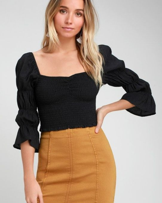 SAVIA BLACK SMOCKED PUFF SLEEVE CROP TOP