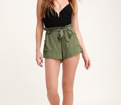 BELT IT OUT OLIVE GREEN PAPER BAG WAIST SHORTS