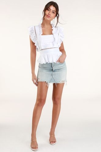 BELISSA WHITE RUFFLED SQUARE NECK TOP