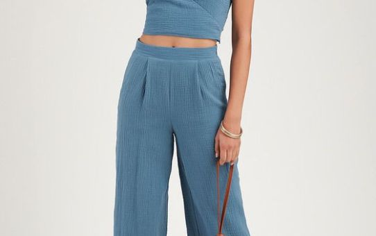 SUNNY AFTERNOON DENIM BLUE SURPLICE CROPPED TANK TOP & CROPPED WIDE LEG PANTS