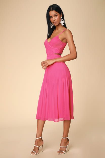FOR THE GRAM FUCHSIA PLEATED CUTOUT MIDI DRESS