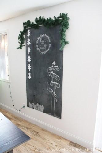 DIY Noncommittal Chalkboard Wall